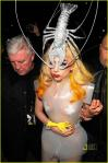 lady-gaga-lobster-head-02.jpg