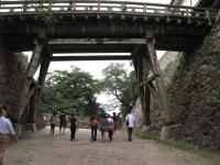 天秤櫓への橋(の下)