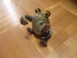 怪しいカエルたん