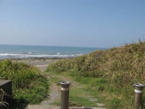 海岸入り口