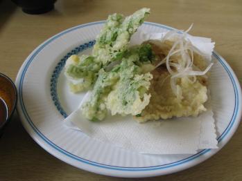 まぐろと菜の花の天ぷら