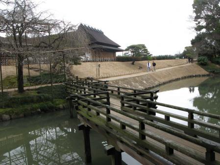 花葉の池 橋