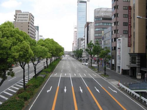 片側5車線道路