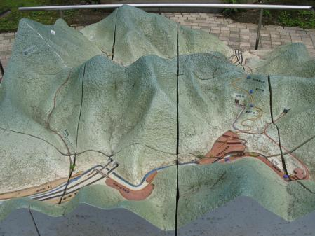 宇津の谷峠付近模型
