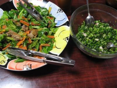 巨大キャベツを使った野菜炒め