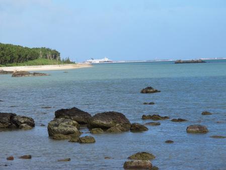 観音崎より離島桟橋を臨む