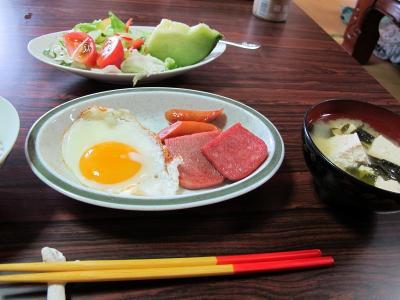 うるま家 21日朝ご飯