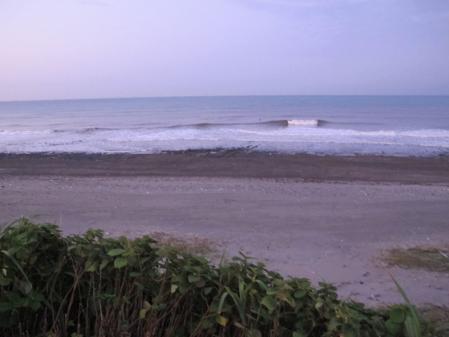 7月23日AM4時半の尾高海岸