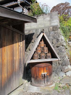 馬籠宿 消火桶
