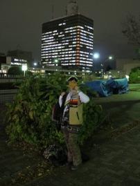 NHKホールをバックに・・・