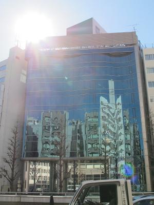 ガウディの建築になるビル