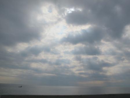 空のバレリーナと船