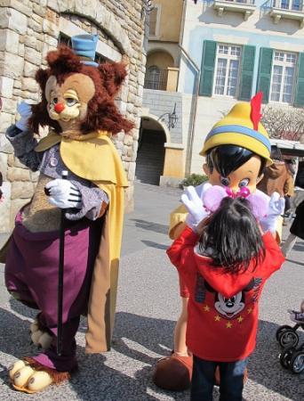 ピノキオとギデオン