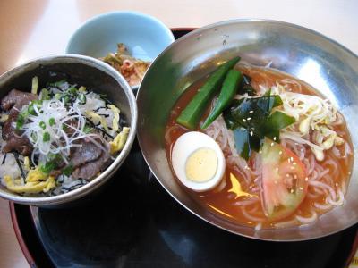 冷麺とミニ焼肉丼