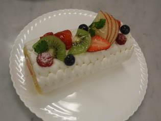 ロールケーキ デコレーション先生見本