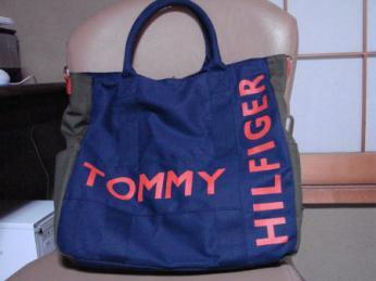 トミーヒルフィガートートバッグ