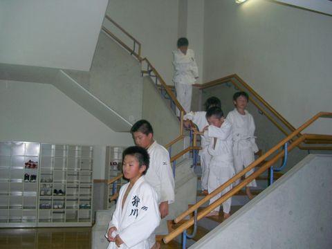 階段上り 2