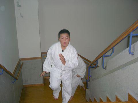 階段ダッシュ 3