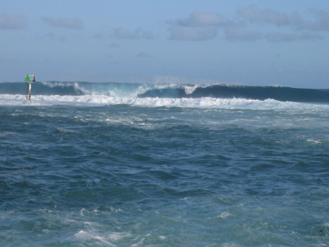 wave001.jpg