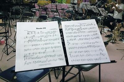 ちょぃとてこずった曲・・・の楽譜。