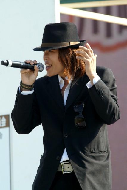 101017-091018-maezumi_live-2.jpg