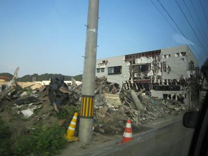 201108-11