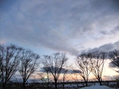 夕暮れの鳥屋野潟