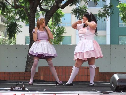 1-8メイドダンス