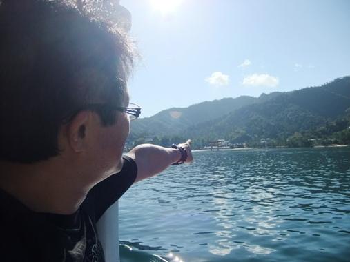 1-1遠くに見える宮島の鳥居