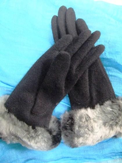 1-4みさちゃんからの手袋