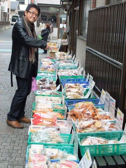 20110224-34何を飼おうか迷う石ちゃん