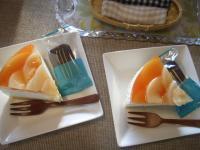 お茶菓子桃の桃のムースケーキ