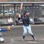 4回裏、佐藤が2点適時二塁打を放ち19-8