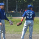 大渕三塁手と金井遊撃手