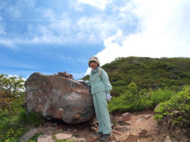 岩木山を望む