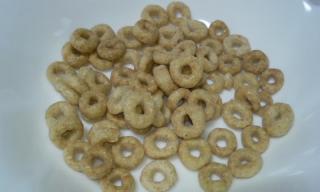 Honey Nut Cheerios 中身
