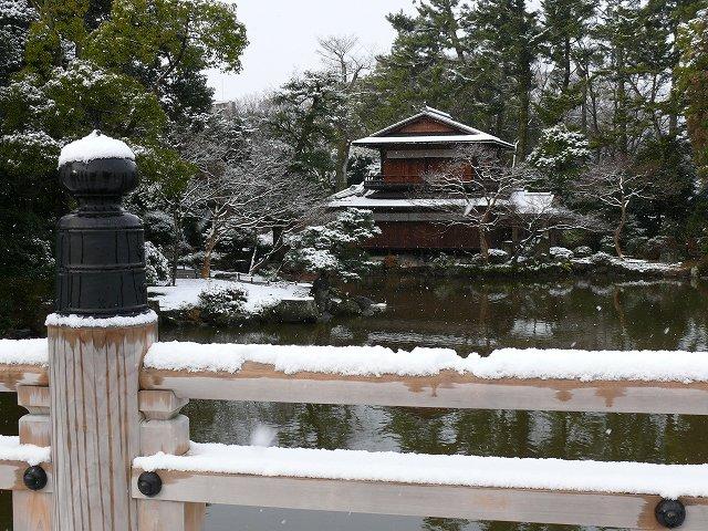 雪の拾翠亭