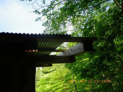 2011-5-19支援小屋1