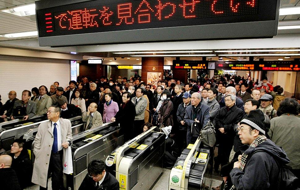 japan-quake35_lhw914nc_20110313093228.jpg