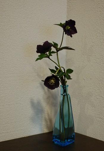 helle-ddblack-vase