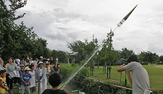 ペットボトル水ロケット-3