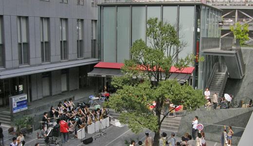 September Jazz Breeze in カフェネスカフェ三宮店前-1