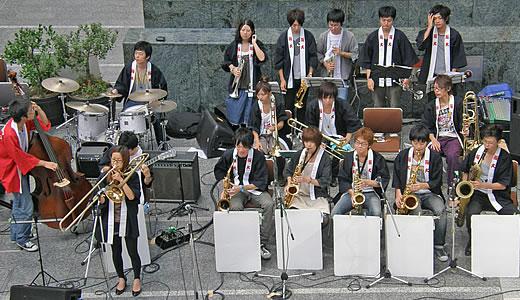 September Jazz Breeze in カフェネスカフェ三宮店前-2