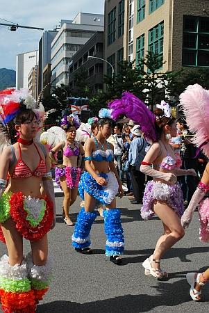 パレードへ行きます。