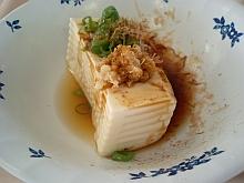 豆腐、半分かい!_| ̄|○