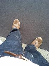 今津駅で電車を待つまさる君