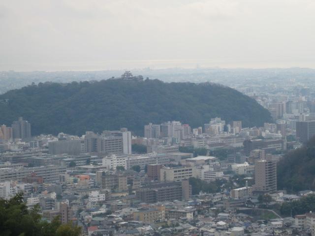 瀬戸風峠から松山城