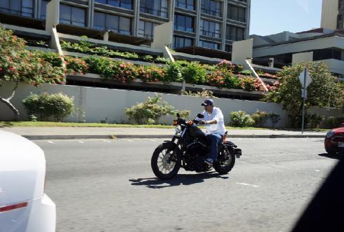 DSC00328-レンタルバイクのオーナー?
