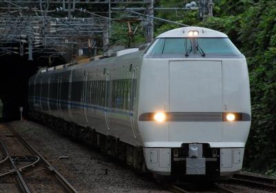 4032M 特急サンダーバード32号大阪行