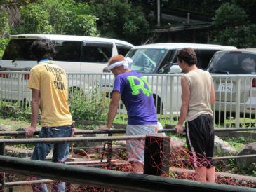 2010.8.22何の集団??